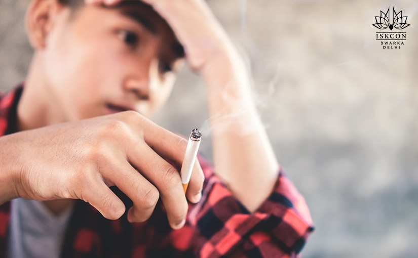 What-is-the-relationship-between-smoking-and-depression